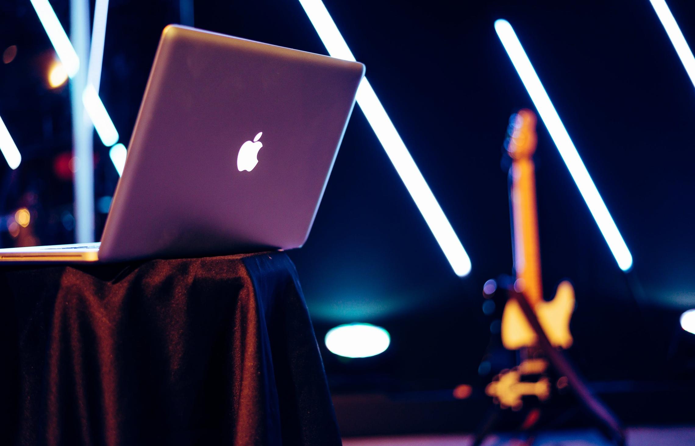 専門店だからできる!故障・壊れたMacBook Pro高額買取いたします!